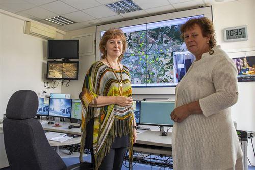 Na fotce Olga Švarcová, specialista náborového řízení, s Ing. Šleglovou.